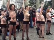 courageuses jeunes filles envahissent local Femen