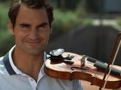 Roger Federer lâche raquette pour violon