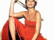 Kate Moss intègre rédaction mode Vogue UK...