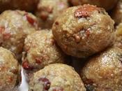Dink ladoos boulettes sucrées gomme arabique Arabia/acacia balls
