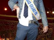 Johnny Knoxville forme avec fans Paris