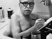 Etre être] dans bain. dissidence