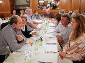 Tradition vin, réunion/repas Mascotte