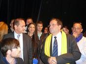 Franck Martin presse pour préempter l'opposition maire Louviers mars