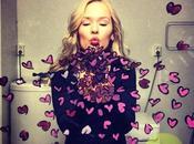 Hélène Meldahl révolutionne selfie miroir!!