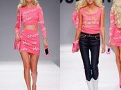 Chez Moschino, Jeremy Scott nous transforme Barbie