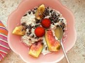 Porridge protéiné flocons sarrasin, figues, fèves cacao