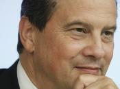 Nicolas Sarkozy s'est engagé devant militants avec programme ultra libéral conservateur.
