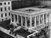 base temple d'honneur nazi Place Royale (Königsplatz) Munich dégagée.