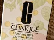 Blushing Blush Powder chez Clinique