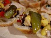 Pintxos poivrons grillés, thon, mayonnaise piment d'Espelette crème balsamique