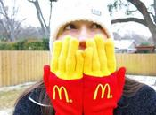 Insolite: gants formes paquet frites McDO