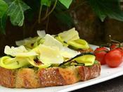 Bruschetta verde (pesto, courgette)