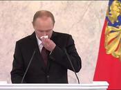 Vladimir Poutine reste sans voix lors d'un discours