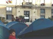 police oblige roms Saint-Ouen décamper lutte s'organise