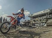 riders dans mine charbon transformée terrain jeux