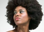 Passer cheveux défrisés naturels