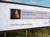 affiche commentaires racistes réseaux sociaux panneaux géants