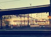 Journal Jour grève, dans train, brume, bêtise beaucoup mots.