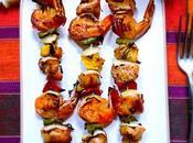 Brochettes mauriciennes poulet, crevettes ananas Victoria marinées sauce d'huître accompagnées d'un risotto lait coco combava