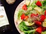 Salade graines germées, avocat, tomates, huile chanvre