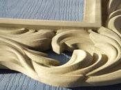 machine haute précision pour sculpte d'un cadre bois: processus vous tiendra collé l'écran