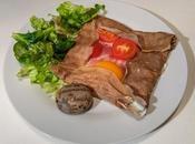 Galette sarrasin gruyère, jambon Bayonne, oeuf tomates