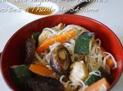 Poulet légumes nouilles chinoises l'huile sésame