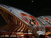 Toit l'opéra Sydney oeuvre d'Alick Tipoti projetée pendant
