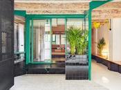 ancien garage centre Barcelone transformé adorable studio