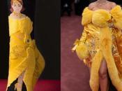 Rihanna lance toute première collection chaussette effigie