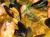 Morue coquillages mijotés dans bouillon légumes safran