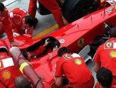 Ferrari menace quitter