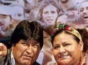Morales victorieux! Vive démocratie!