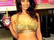 [PHOTOS] milkshake Mallika Sherawat