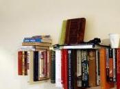 Recyclage livres bibliothèque suspendue