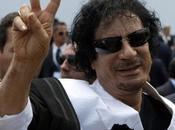 """Kadhafi souhaite """"démanteler Suisse"""""""