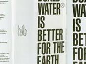 l'eau boîte svp!