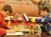 Pearl Spring 2009 Magnus Carlsen jeune géant