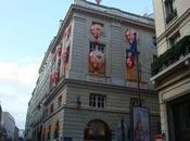 vitrines Noël d'Hermès Faubourg Saint Honoré Paris France
