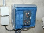 Mise place coffret électrique pour piscine