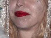 Courtney Love devrait vraiment arrêter chirurgie esthétique