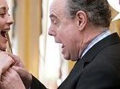 Frédéric Mitterrand pelote seins Marion Cotillard