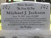 Michael Jackson nouveau sous contrat