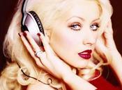 Christina Aguilera sortie nouvel album repoussée