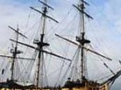 bateau corsaires accoste Saint-Malo