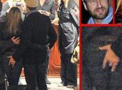 Jennifer Aniston reprend doigt Gerard Butler