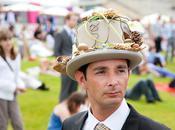 Défilé chapeaux Prix Diane