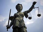 socialisme contre l'état droit
