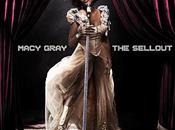 Macy Gray dans bacs